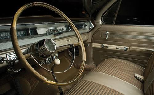1962 Pontiac Super Duty Interior